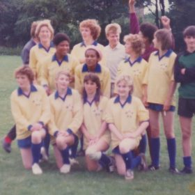 The first eagles girls team?